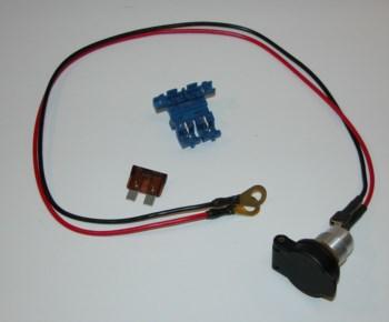 Steckdose mit Klappdeckel DIN 12V