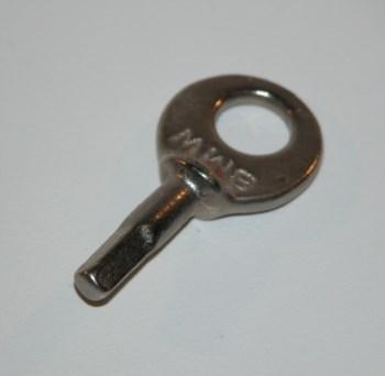 Vierkantschlüssel für Werkzeugfach  Schlüssel