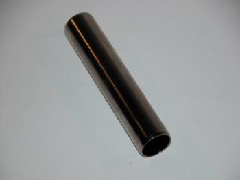 Rohr für Bremsnocke am Hinterachsgetriebe