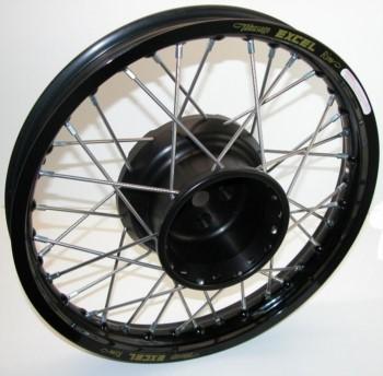 Hinterrad mit gefräßter Radnabe 18 Zoll schwarz